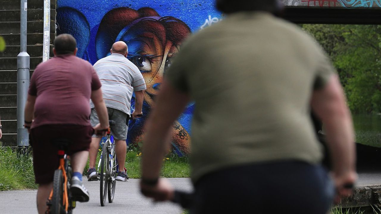 La lutte contre l'obésité passe d'abord par une meilleure hygiène de vie. Mais cela ne suffit pas toujours (Photo by Lindsey Parnaby/AFP)
