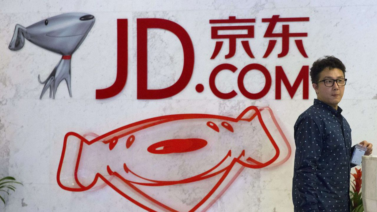 Cette cotation doit aussi permettre à JD.com d'élargir sa base d'investisseurs, en pleines tensions commerciales entre Washington et Pékin