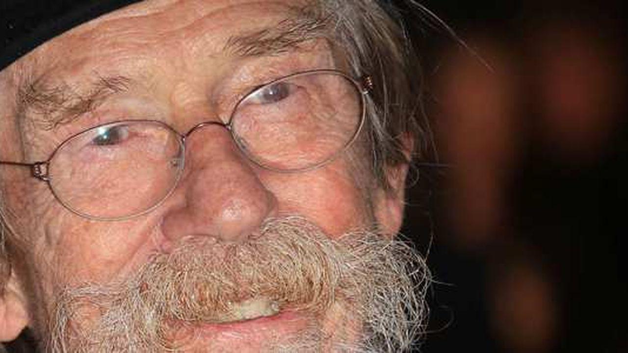 """John Hurt, connu notamment pour ses rôles dans """"Elephant Man"""", """"Alien"""" et """"Harry Potter"""", est mort à 77 ans"""