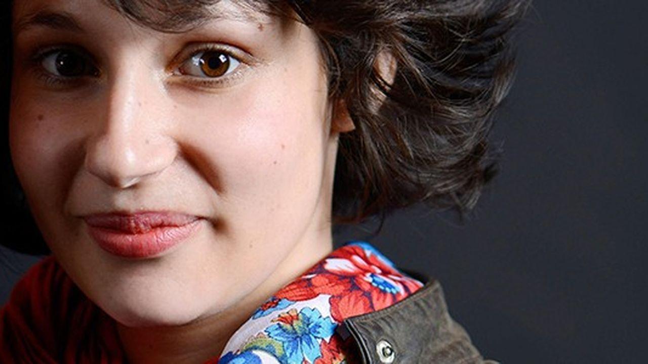 Alice Zeniter, 31 ans, est romancière, dramaturge et comédienne