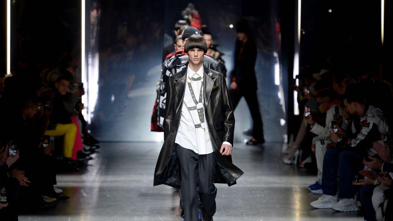 Fashion Week Homme Hiver 2019 : Versace versacissime