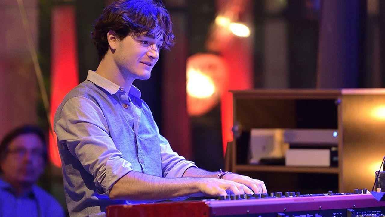 La musique de Thomas Enhco est délicate, élégante, douce, poétique, charmeuse et charmante à la fois.