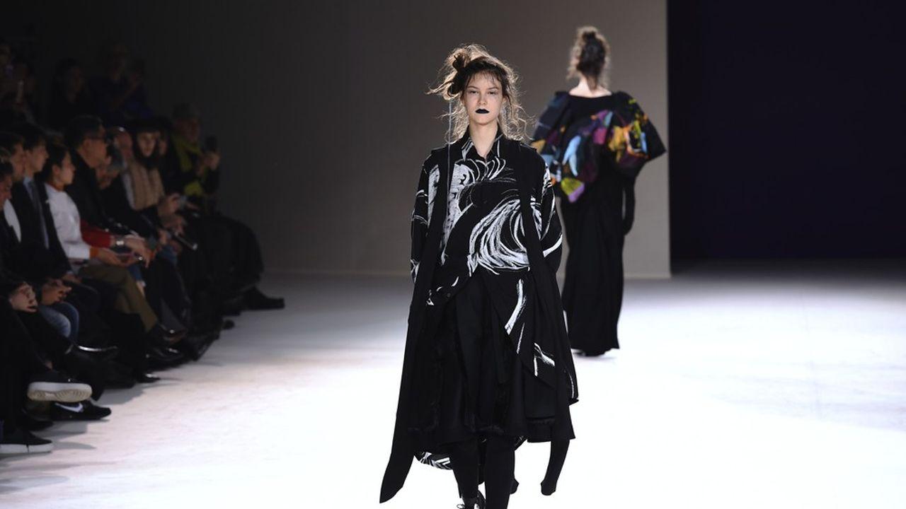 Fashion Week Automne-Hiver 2019 : les armes de séduction de Yohji Yamamoto