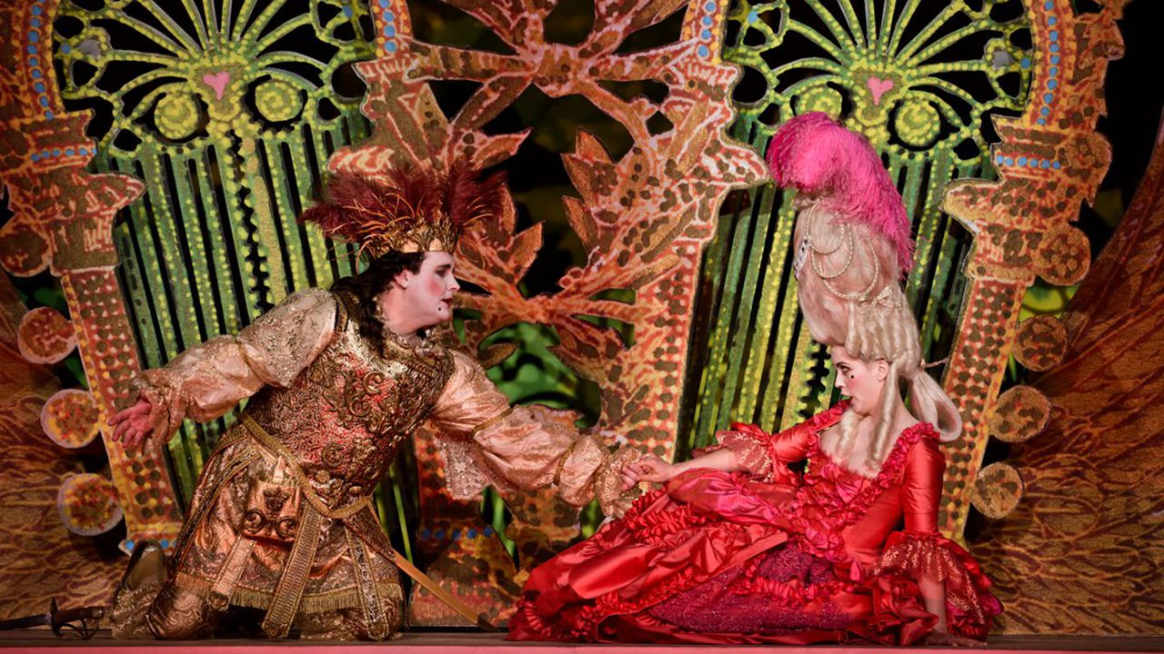 Michael Spyres (Saint-Phar), Florie Valiquette (Mme de Latour), un joli couple dans une ambiance colorée…