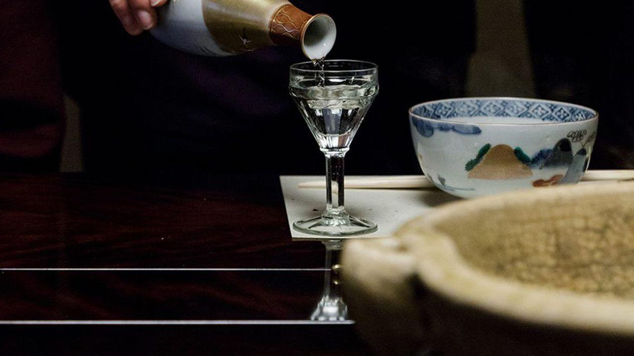 Comment le saké est redevenu à la mode