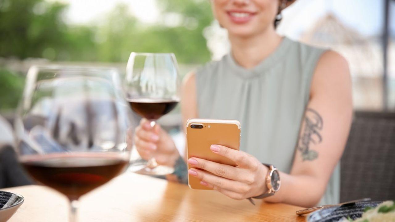 35 % des 16 millions de Millennials ont déjà acheté du vin en ligne et 25 % un vin recommandé sur les réseaux.