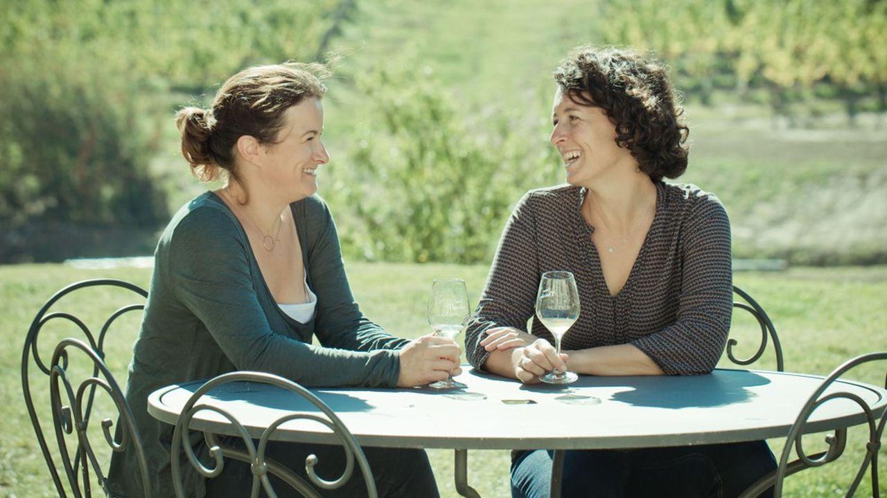 Au Château Thieuley (80 hectares en Entre-deux-Mers), les soeurs Courselle, Marie et Sylvie, ont choisi de diversifier leur production en lançant une gamme à leur nom.