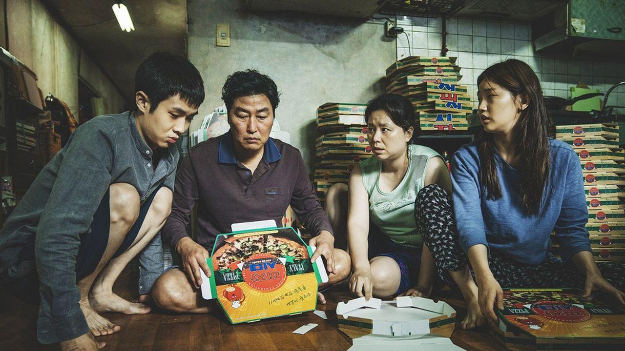 Les Ki-taek, une famille ordinaire, refusent de céder à la désespérance.