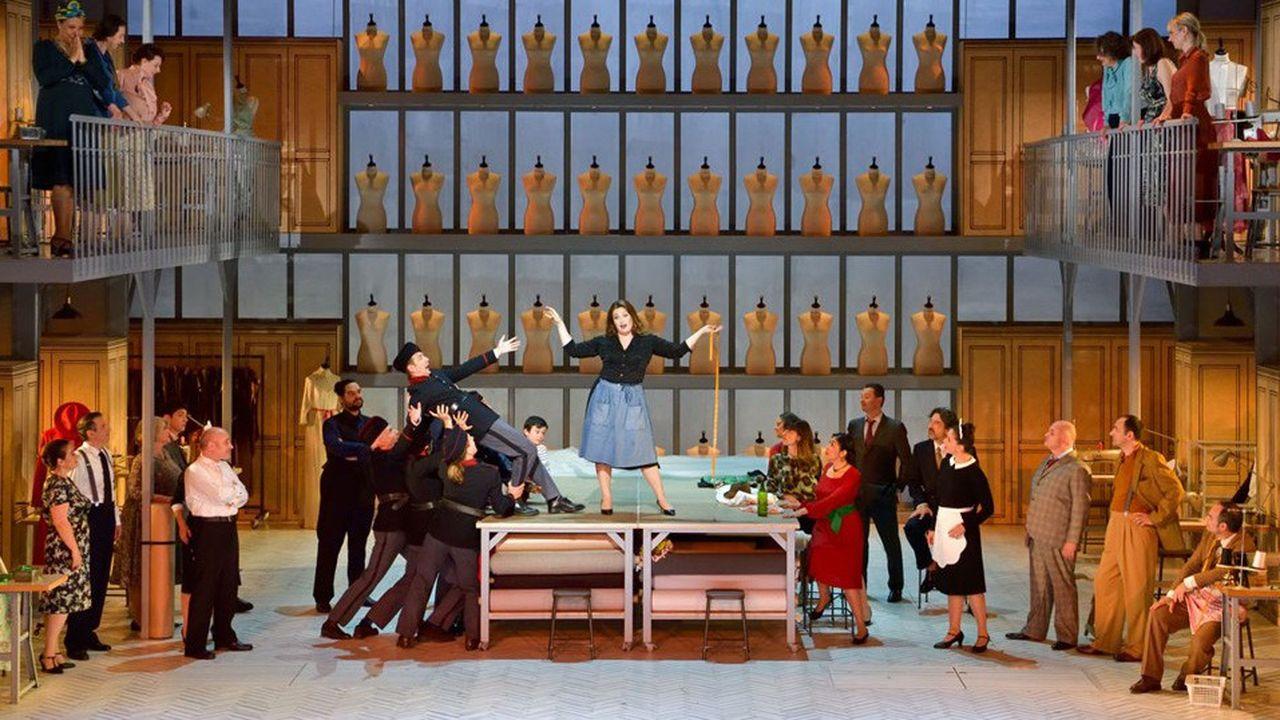 Cette mise en abyme de l'univers du théâtre, de ses acteurs et ses artifices, a inspiré à Anne Kessler un spectacle qui s'y réfère.