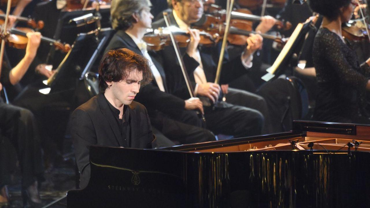 Alexandre Kantorow lors de la 26ecérémonie des Victoires de la musique classique, à la Seine Musicale, en février2019.
