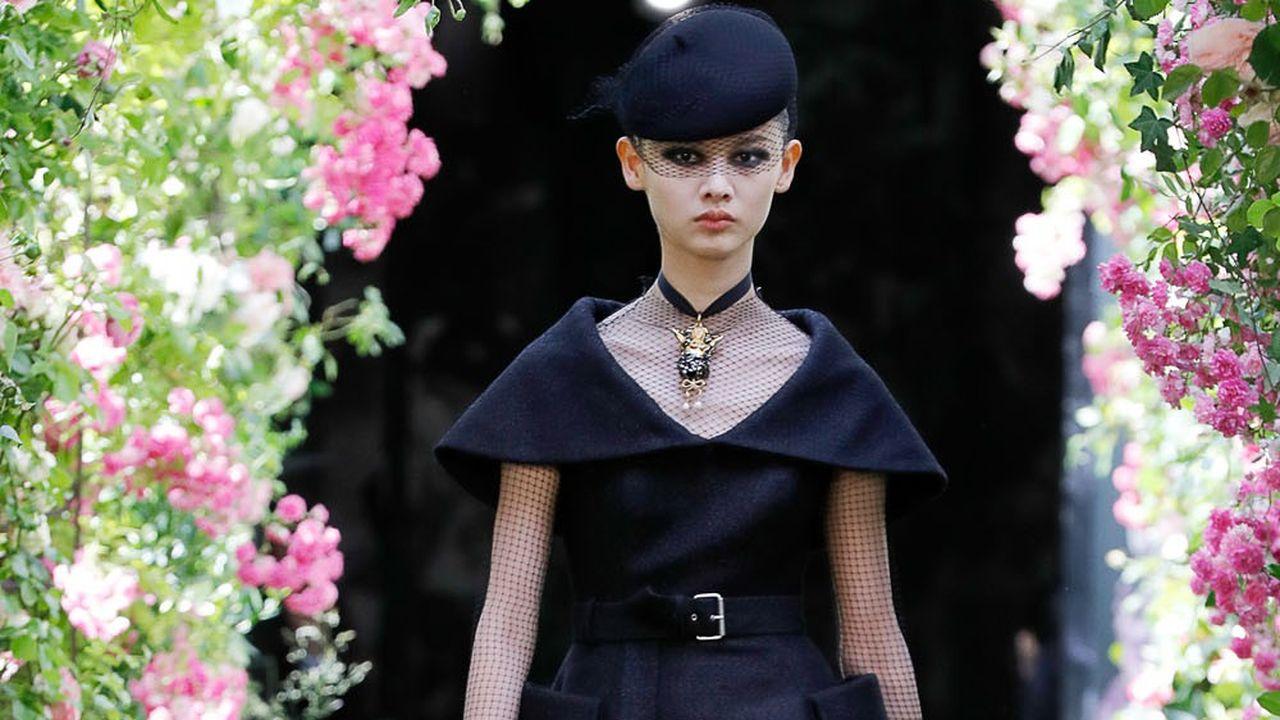 Couture Automne-Hiver 2019-2020: Dior, oeuvre au noir