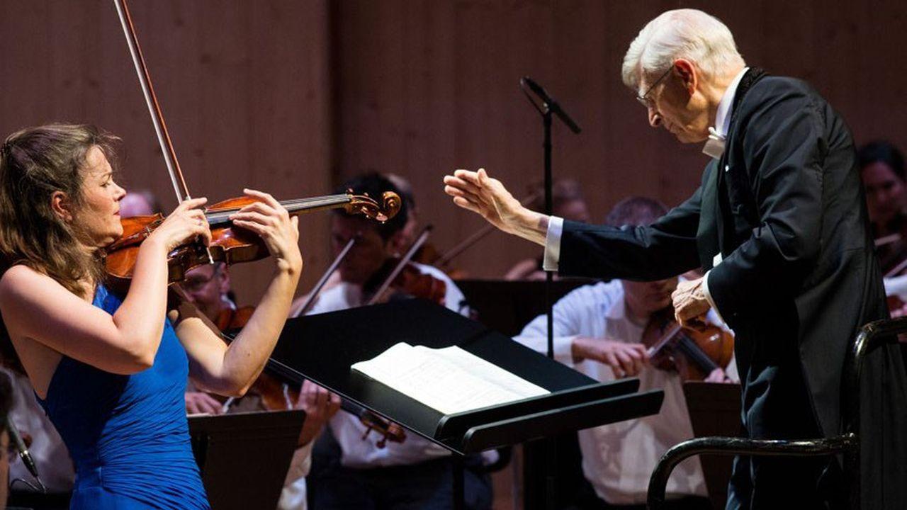 La violoniste Janine Jansen et le chef Herbert Blomstedt réunis pour un concert d'ouverture mémorable.