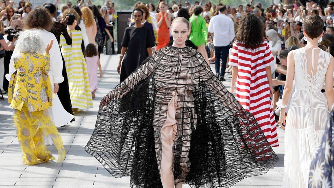 Couture Automne-Hiver 2019-2020 : la joie de Rabih Kayrouz