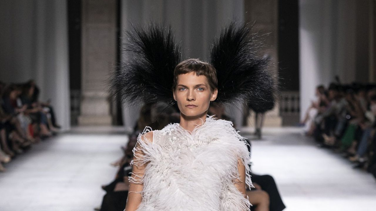 Couture Automne-Hiver 2019-2020 : Givenchy, couture radicale