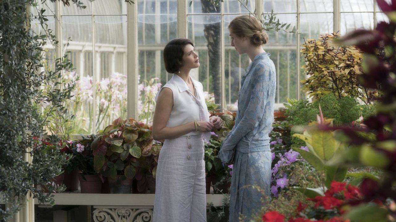Vita (Gemma Arterton) aime Virginia (Elizabeth Debicki).