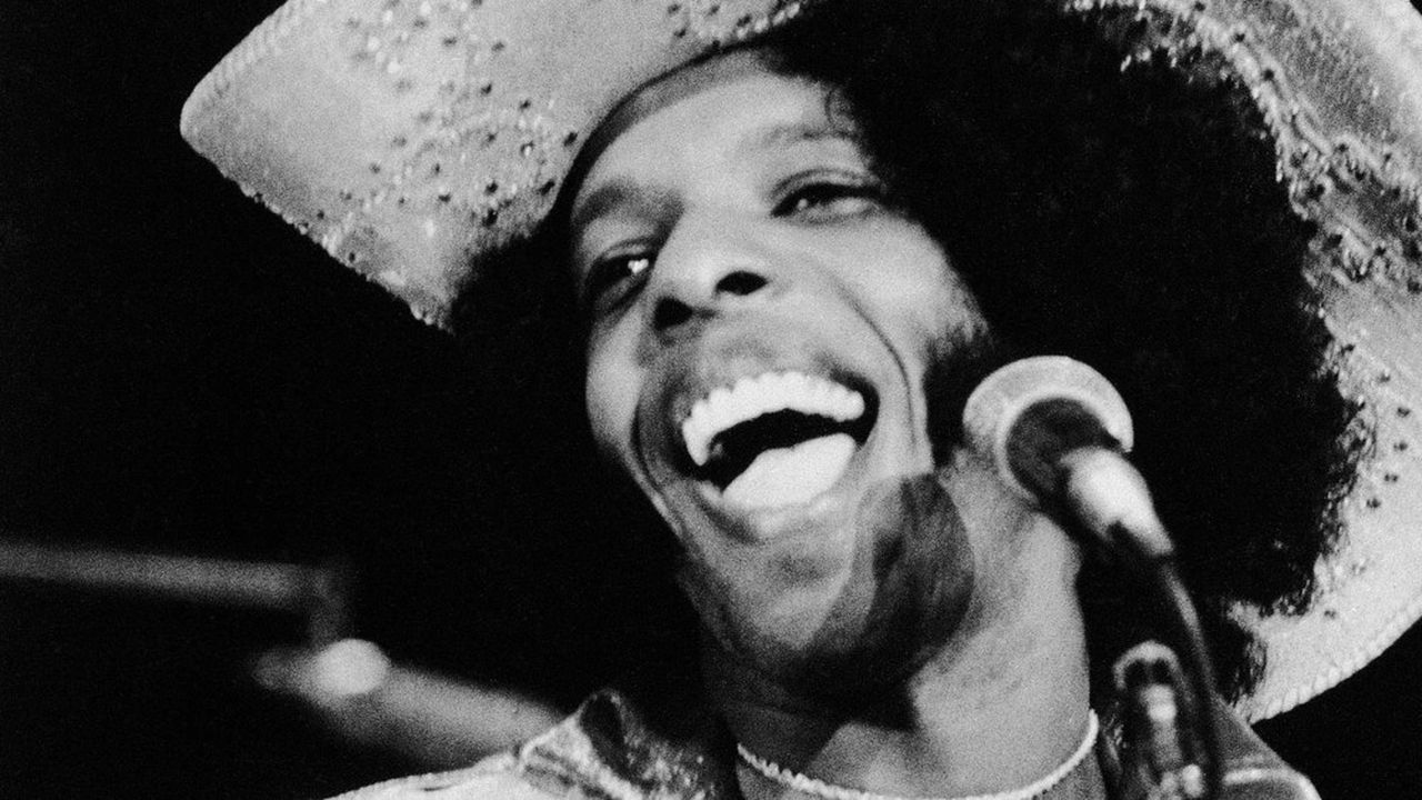 Sylvester « Sly » Stone, leader de Sly and the Family Stone en 1972, trois ans après Woodstock.