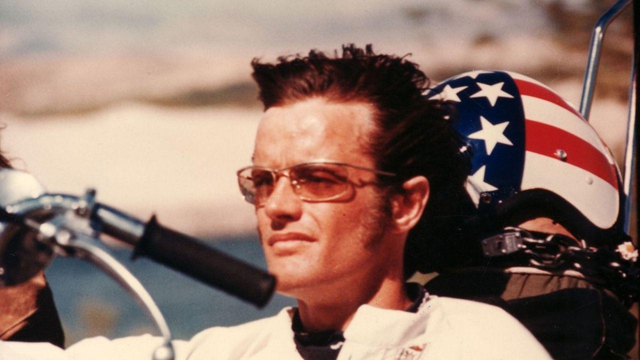 «En l'honneur de Peter, portez un toast à la liberté, s'il vous plaît», appelle la famille de l'acteur décédé vendredi.
