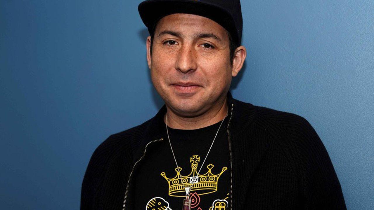 Tommy Orange est né en 1982. Il a grandi à Oakland en Californie, mais il est originaire d'Oklahoma et appartient à la tribu des Cheyennes du Sud.