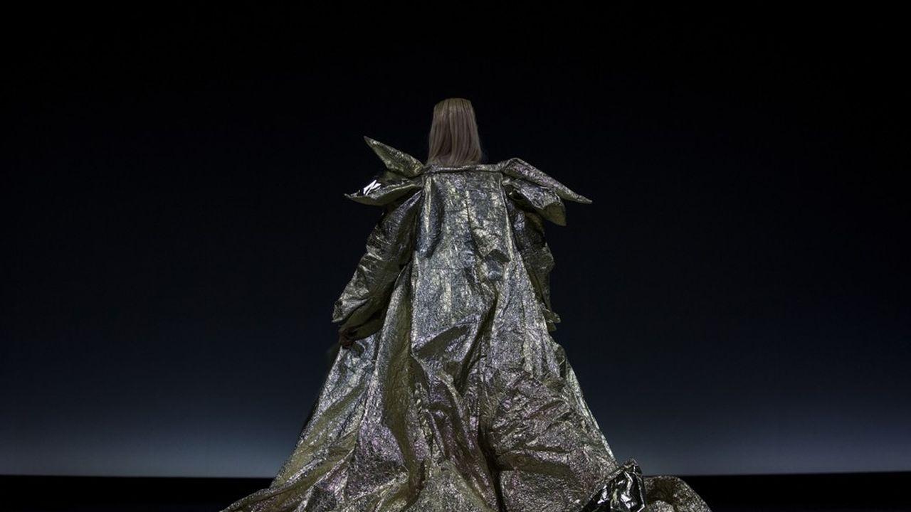 «At the Hawk's Well», supervisé par Hiroshi Sugimoto et chorégraphié par Alessio Silvestrin, est un rendez-vous manqué.