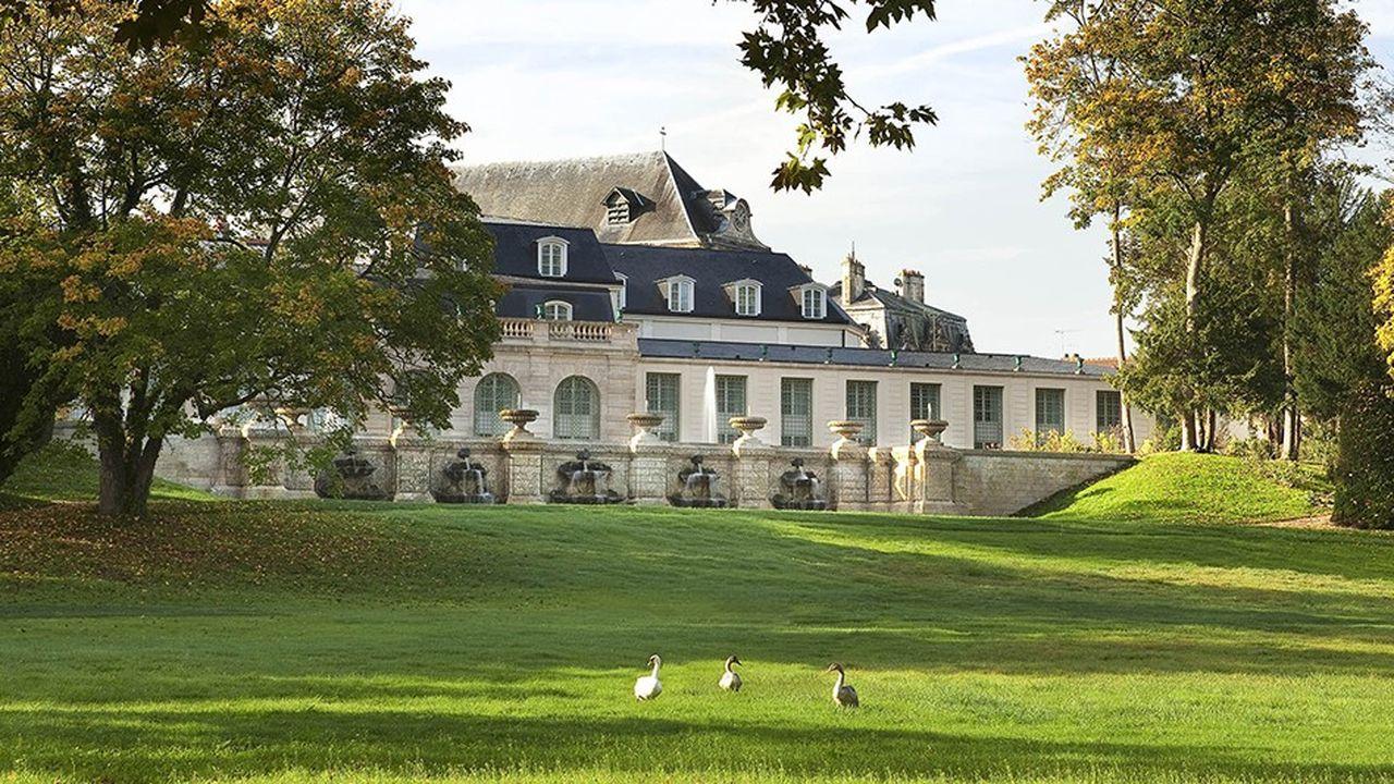 Le repaire: à Chantilly, chez les Condé