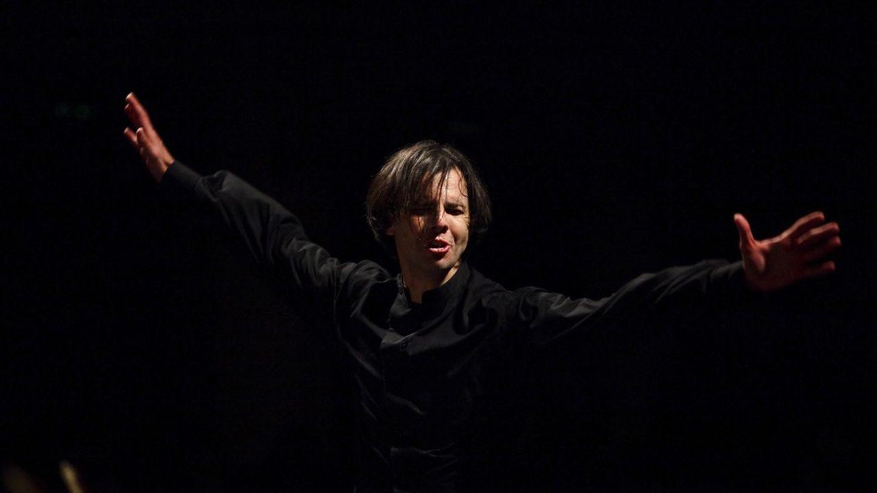 Teodor Currentzisse défend de toute volonté de représentation ou d'extravagance.