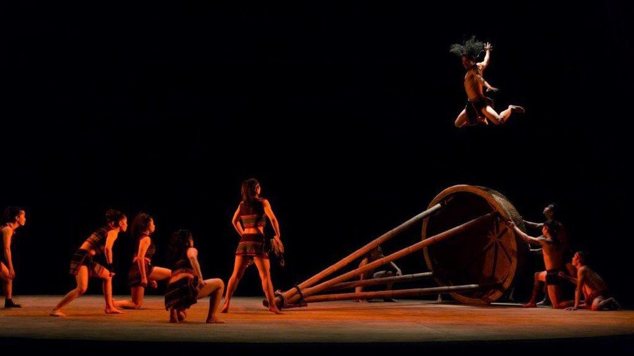 Le Nouveau Cirque du Vietnam raconte un monde en voie de mutation ou de disparition.