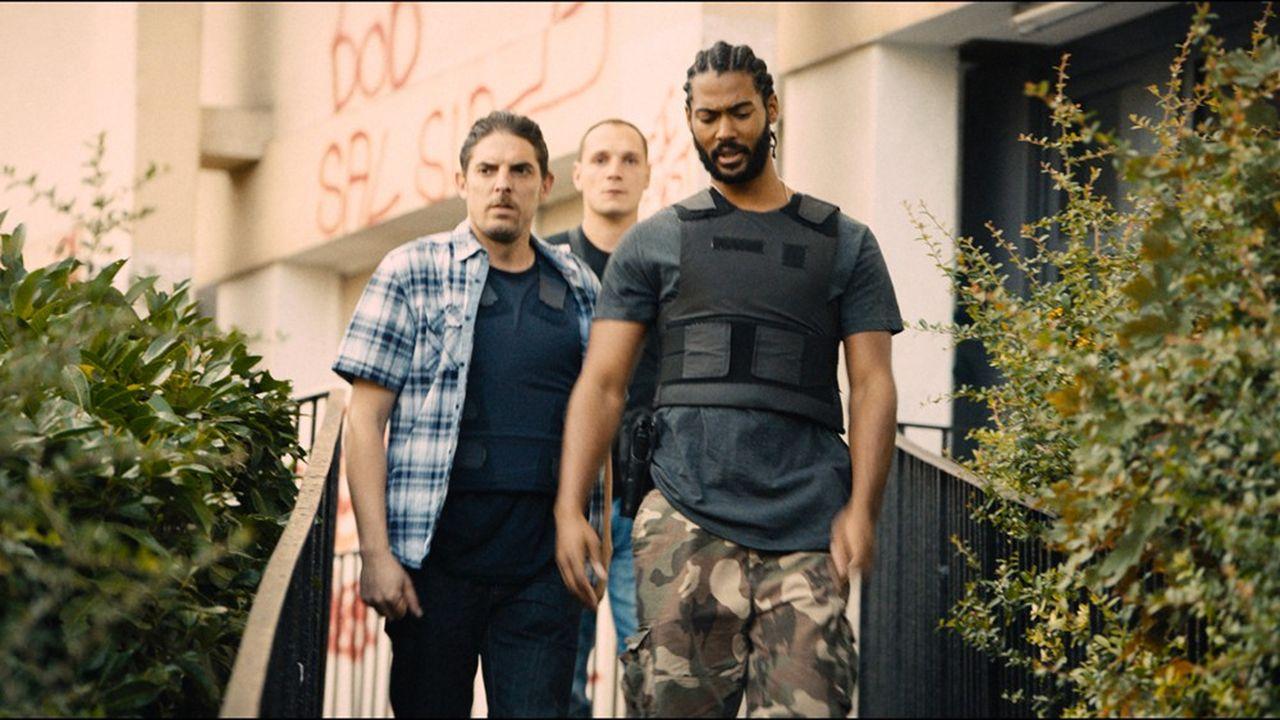 Déjà remarqué à Cannes, le film raconte l'histoire d'une bavure policière dans une cité de Seine-Saint-Denis.