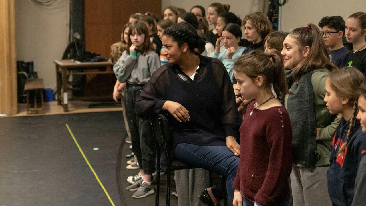 Sarah Koné et la Maîtrise populaire de l'Opéra-Comique en pleine répétition
