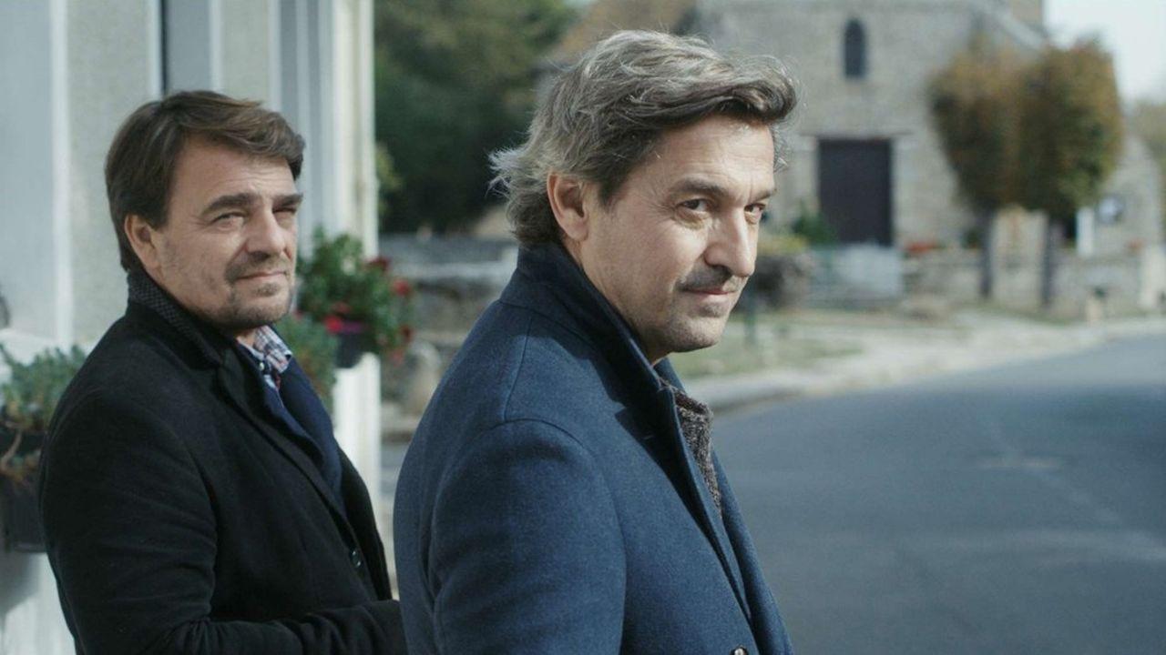 Thierry Godard (Hervé) et Louis-Do de Lencquesaing (Jean). « La Sainte Famille », dernière bonne nouvelle de l'année du côté du cinéma français.