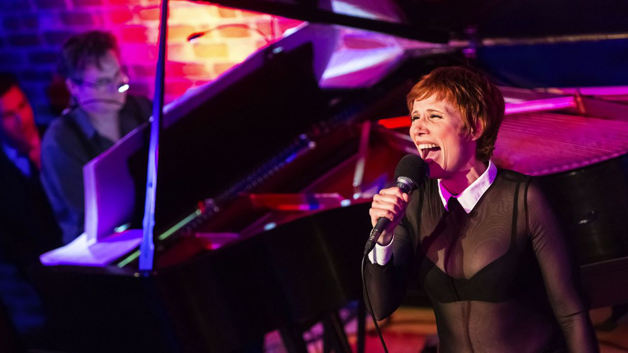 Concert de Isabelle George, Frederik Steenbrink et l'Ensemble Magnifica Lumieres sur Broadway au Bal Blomet en 2018.