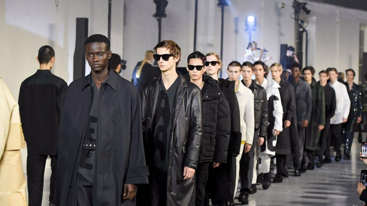 Fashion Week Homme Automne-Hiver 2020-21: le romantisme à fleur de peau de Valentino