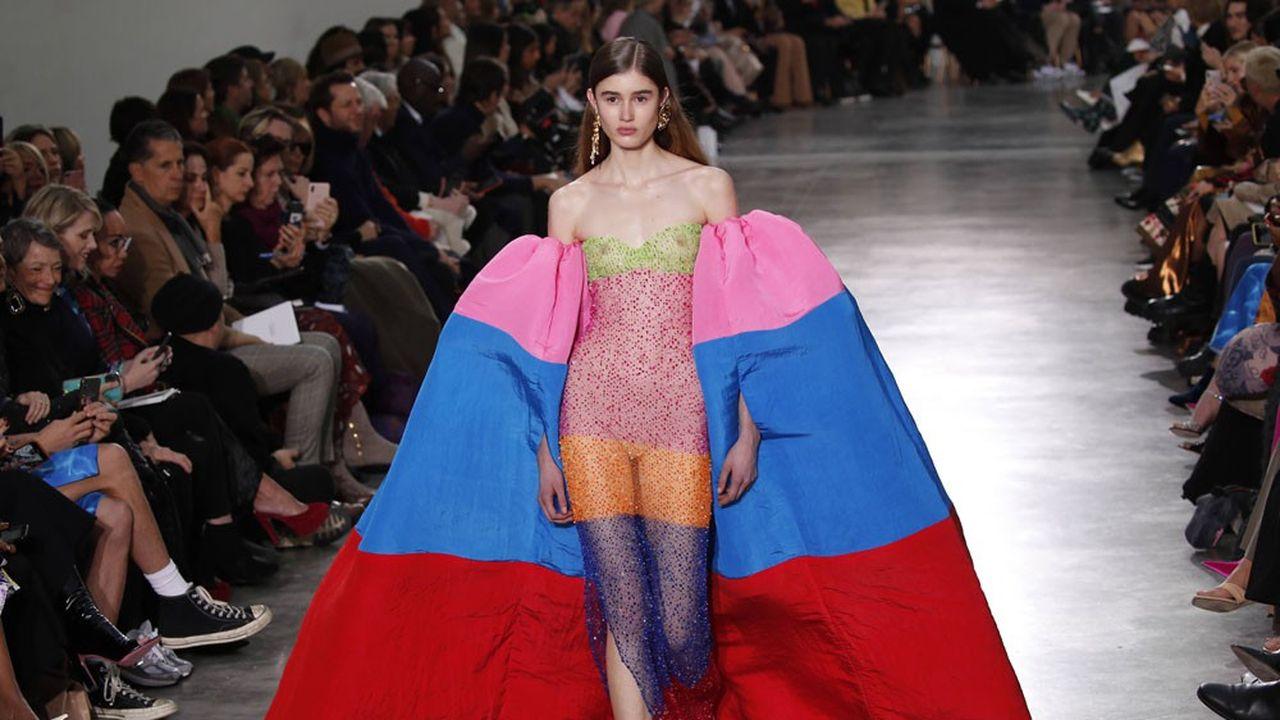 Fashion Week Haute Couture Printemps-Eté 2020: fantaisie glamour chez Schiaparelli