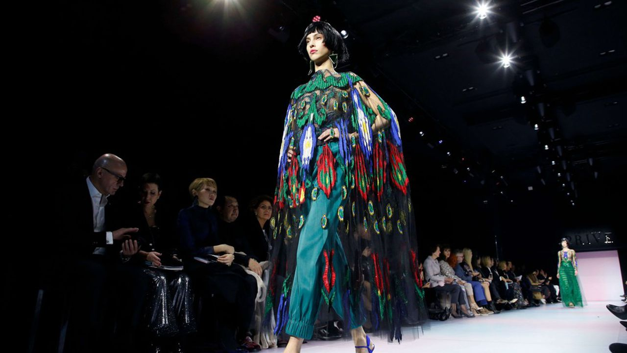 Fashion Week Haute Couture Printemps-Eté 2020 : les voyages imaginaires de Giorgio Armani Privé