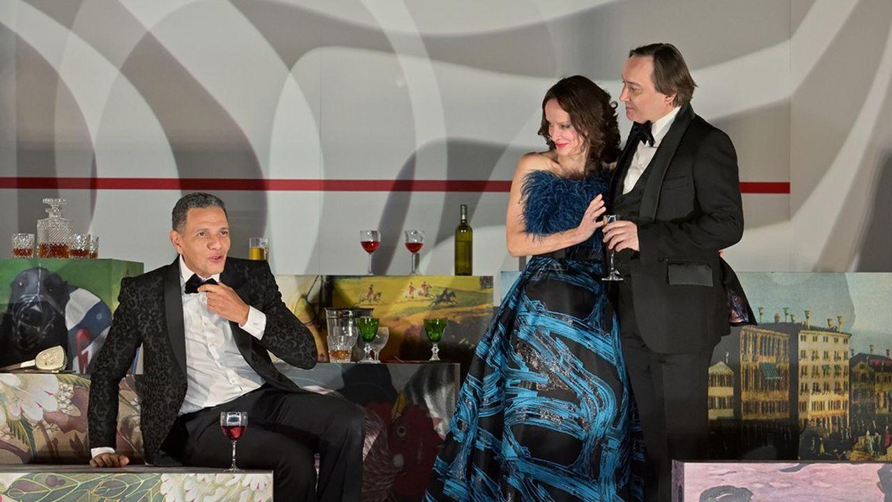 Jerry, l'amant (Roschdy Zem), la femme, Emma (Claude Perron), et le mari, Robert (Michel Fau).