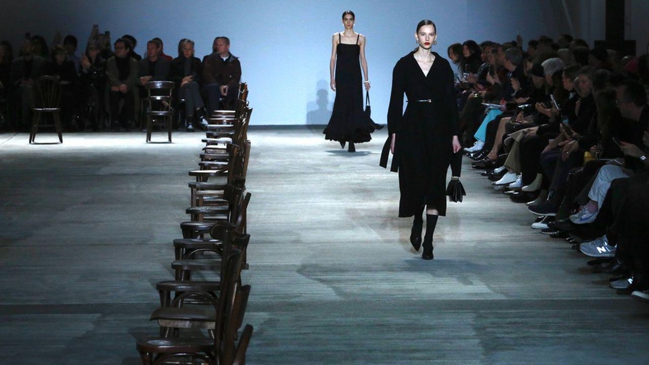 Fashion Week Automne-Hiver 2020-21 : la poésie minimaliste de Jil Sander