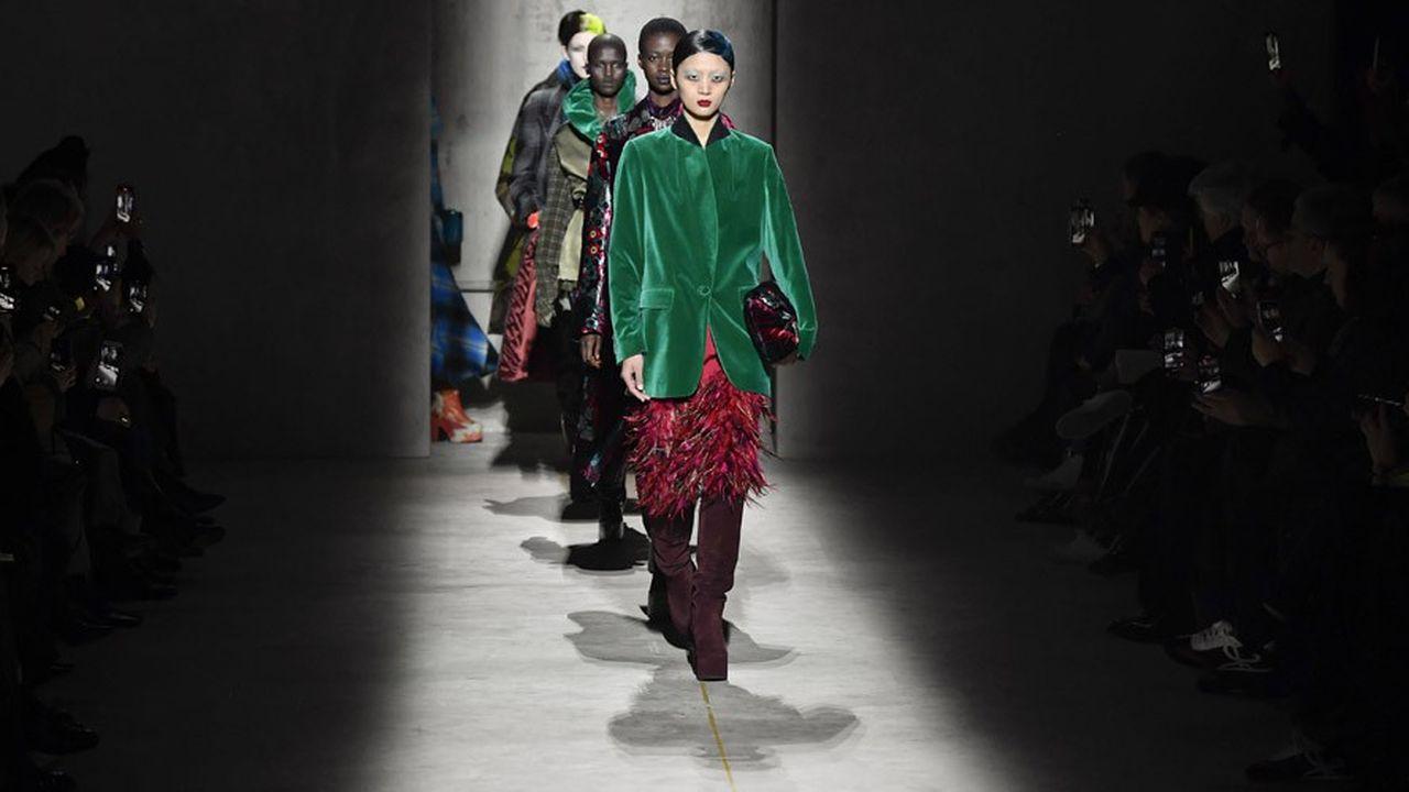 Fashion Week Automne-Hiver 2020-21: l'aura glam' de Dries van Noten