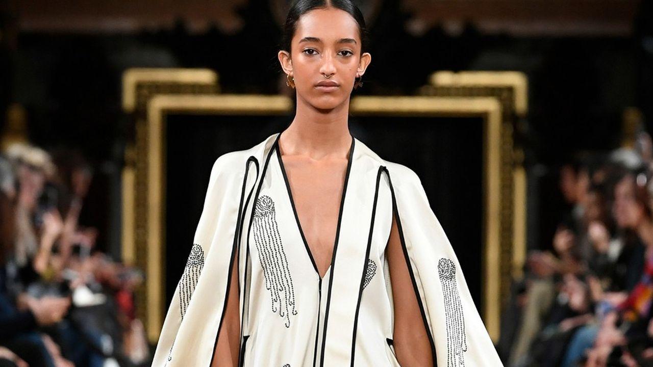 Fashion Week Automne-Hiver 2020-21: la fantaisie généreuse de Stella McCartney