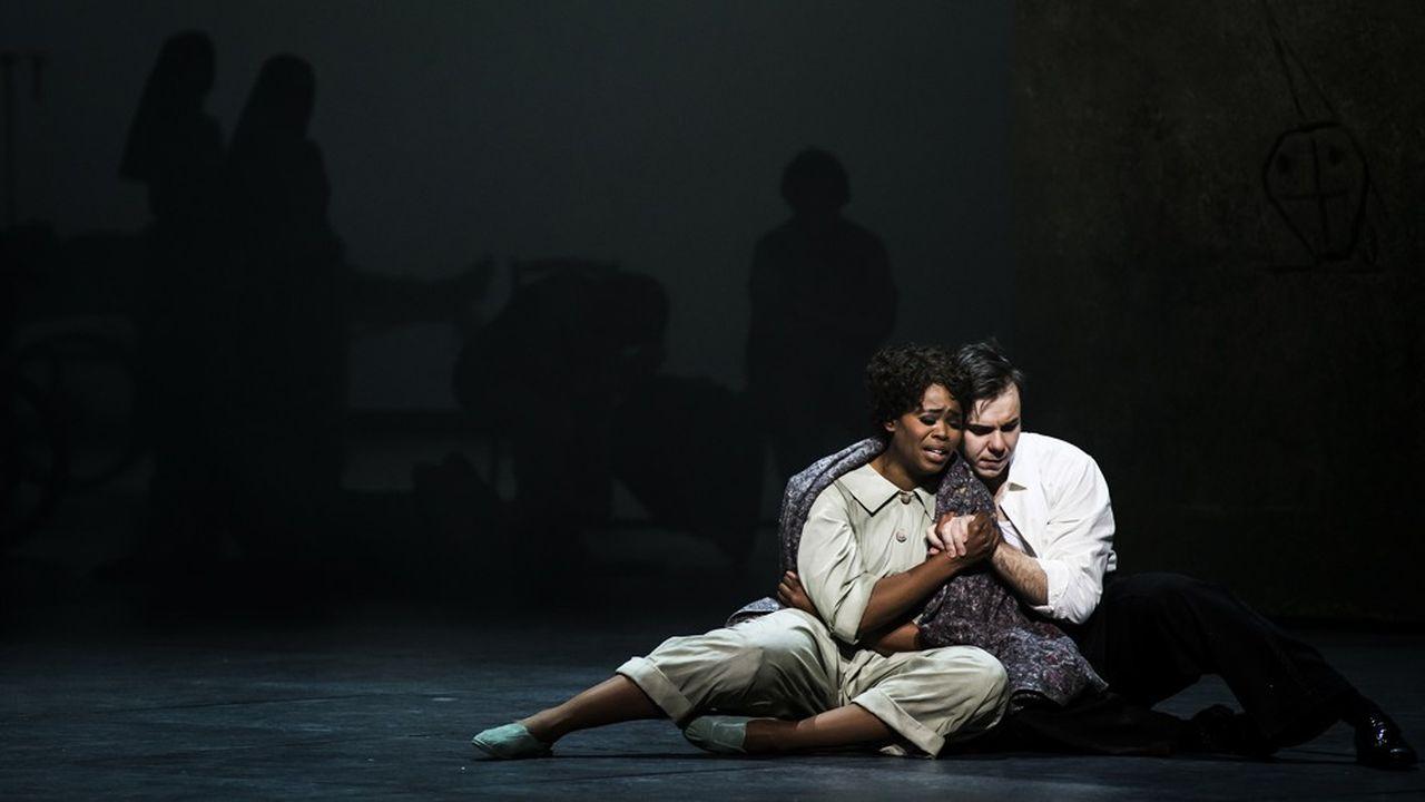 Le charme naturel de Pretty Yende (Manon) et l'élégance de Benjamin Bernheim (Des Grieux).