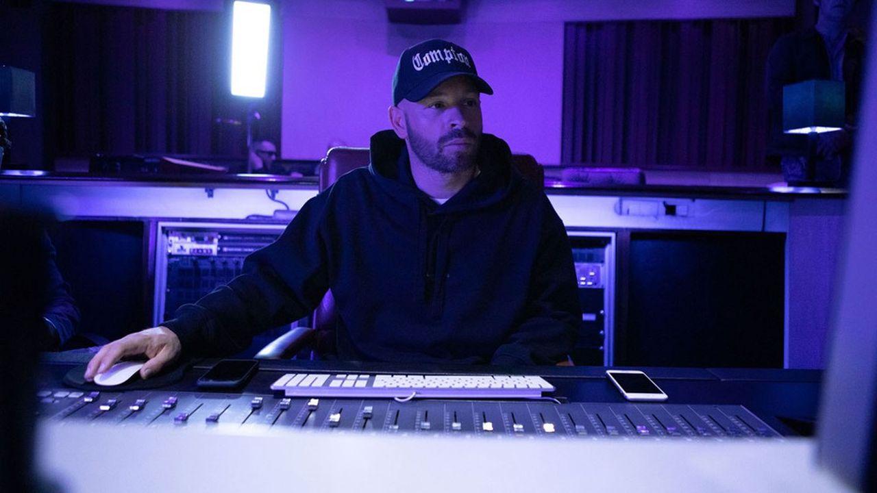 Proche du milieu du rap, le réalisateur Franck Gastambide a voulu dépeintre ce monde qu'il connaît si bien, de la façon la plus juste possible.