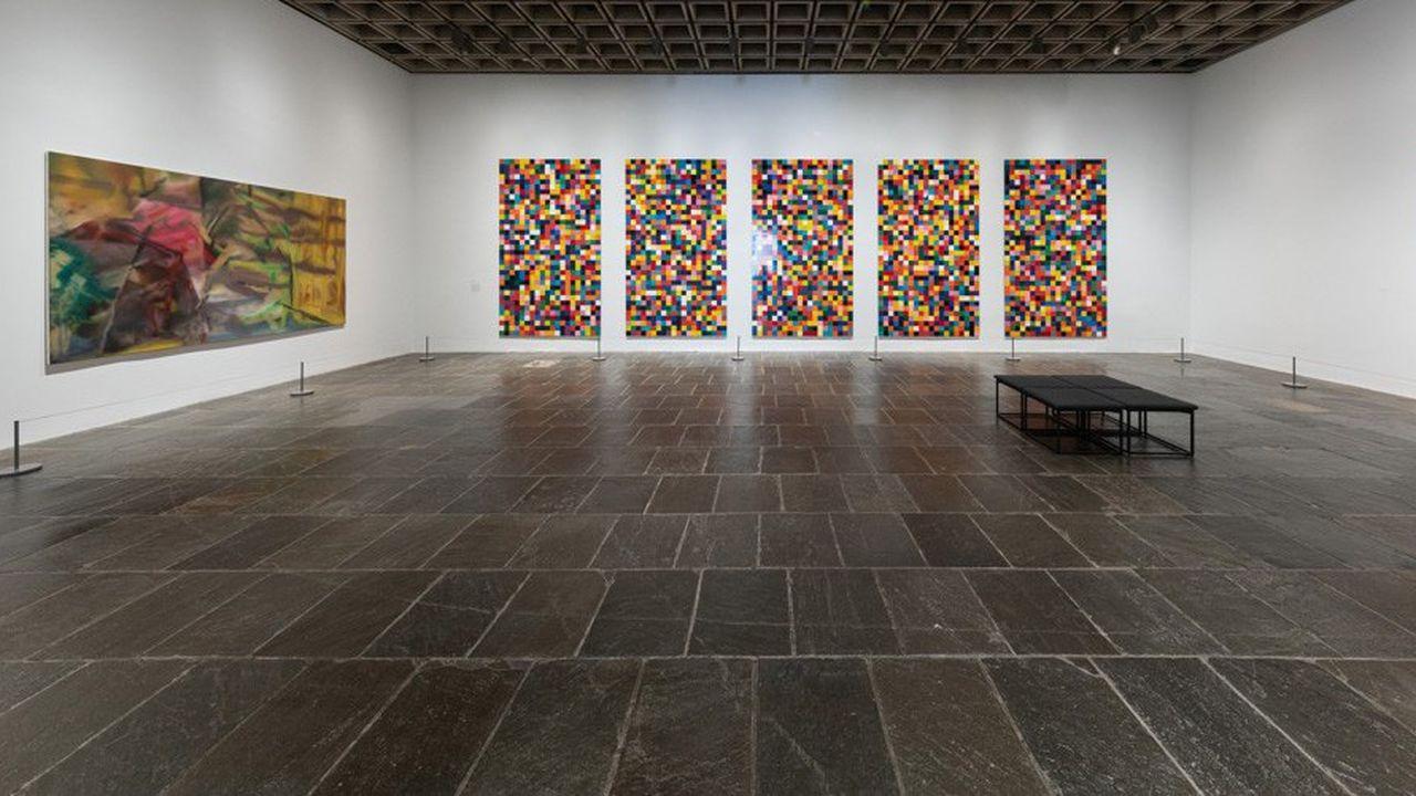 La vidéo, qui parcourt les salles en cinq minutes, montre des oeuvres majeures du peintre.