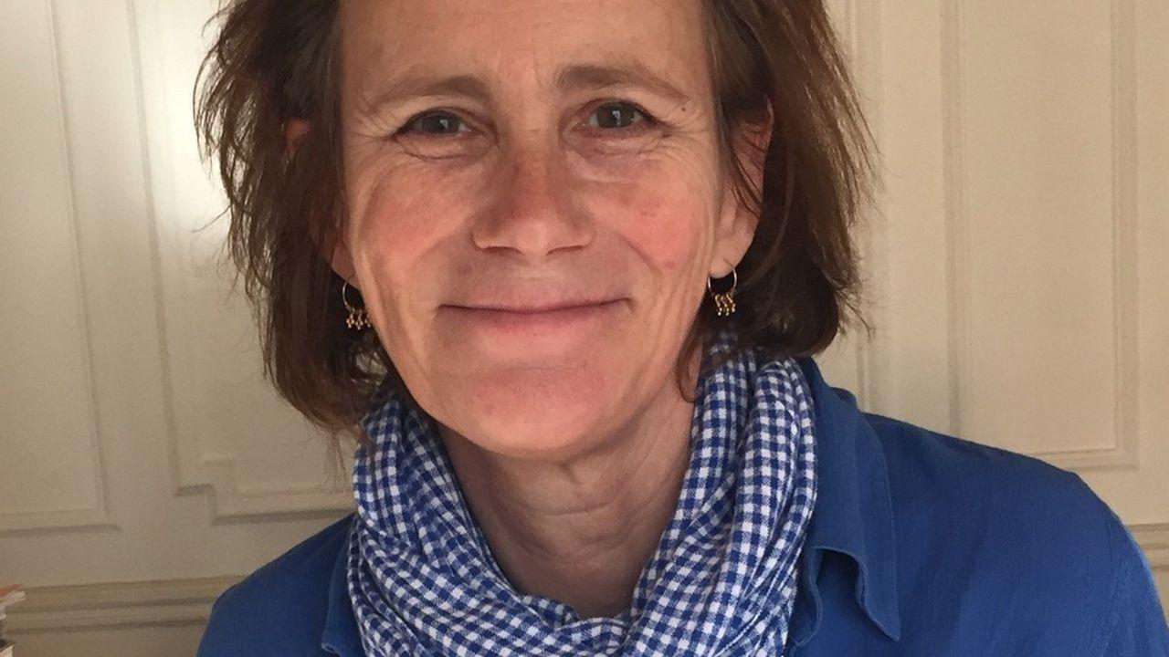 Marie Desplechin est journaliste et écrivaine.