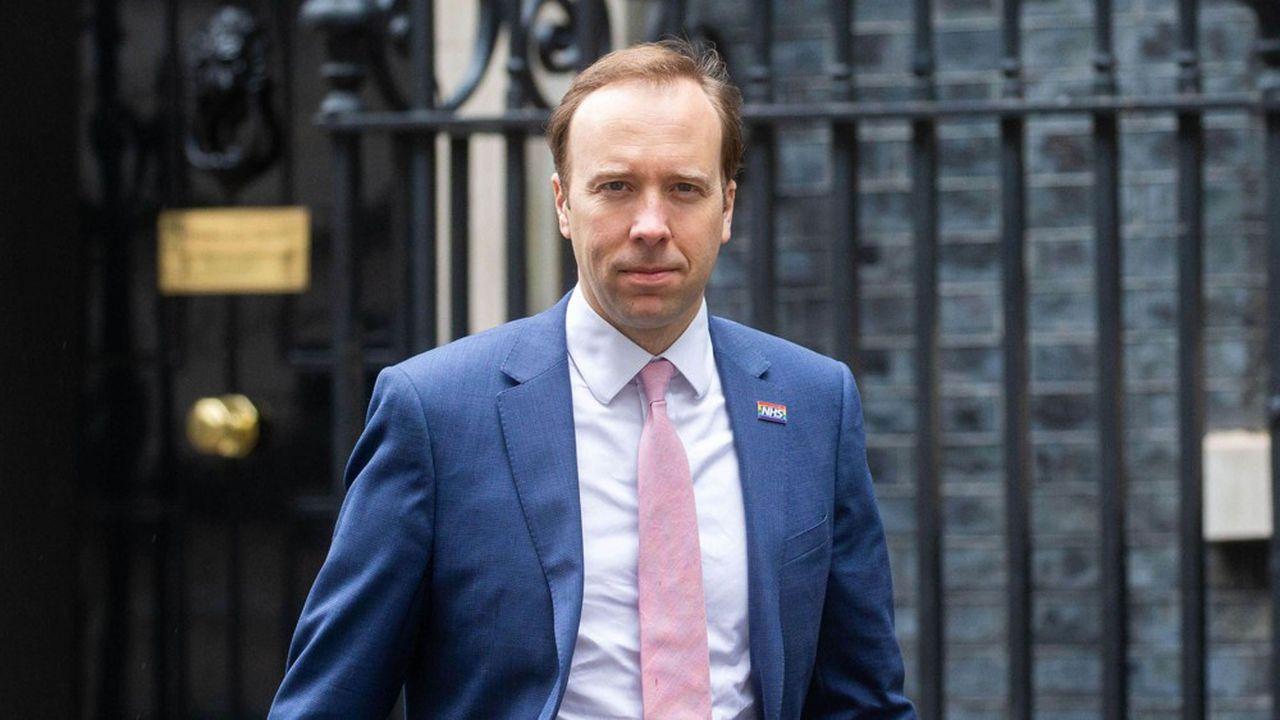 Matt Hancock, secrétaire d'Etat à la santé britannique, est notamment poursuivi devant la Haute cour pour « litanie d'échecs ».