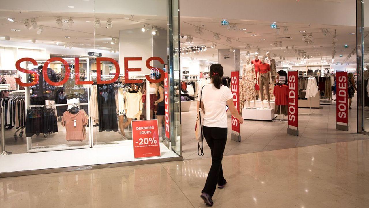Témoin du virage numérique enfin pris par H & M, ses ventes en ligne ont bondi de 32% au second trimestre, après avoir déjà progressé de 22% l'an passé.