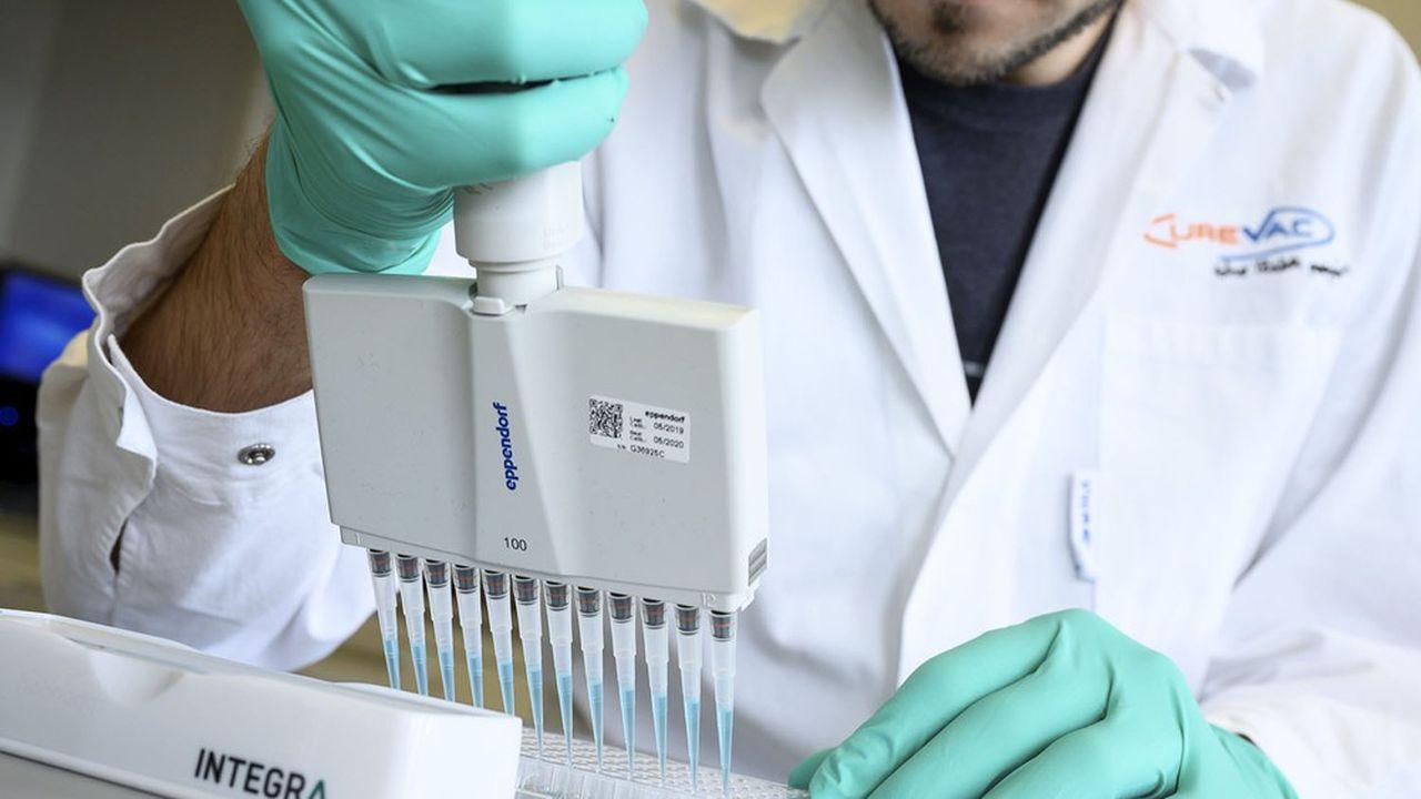 Le principe de la technologie exclusive de CureVac est l'utilisation de l'ARNm comme support de données pour ordonner au corps humain de produire ses propres protéines capables de combattre un large éventail de maladies.