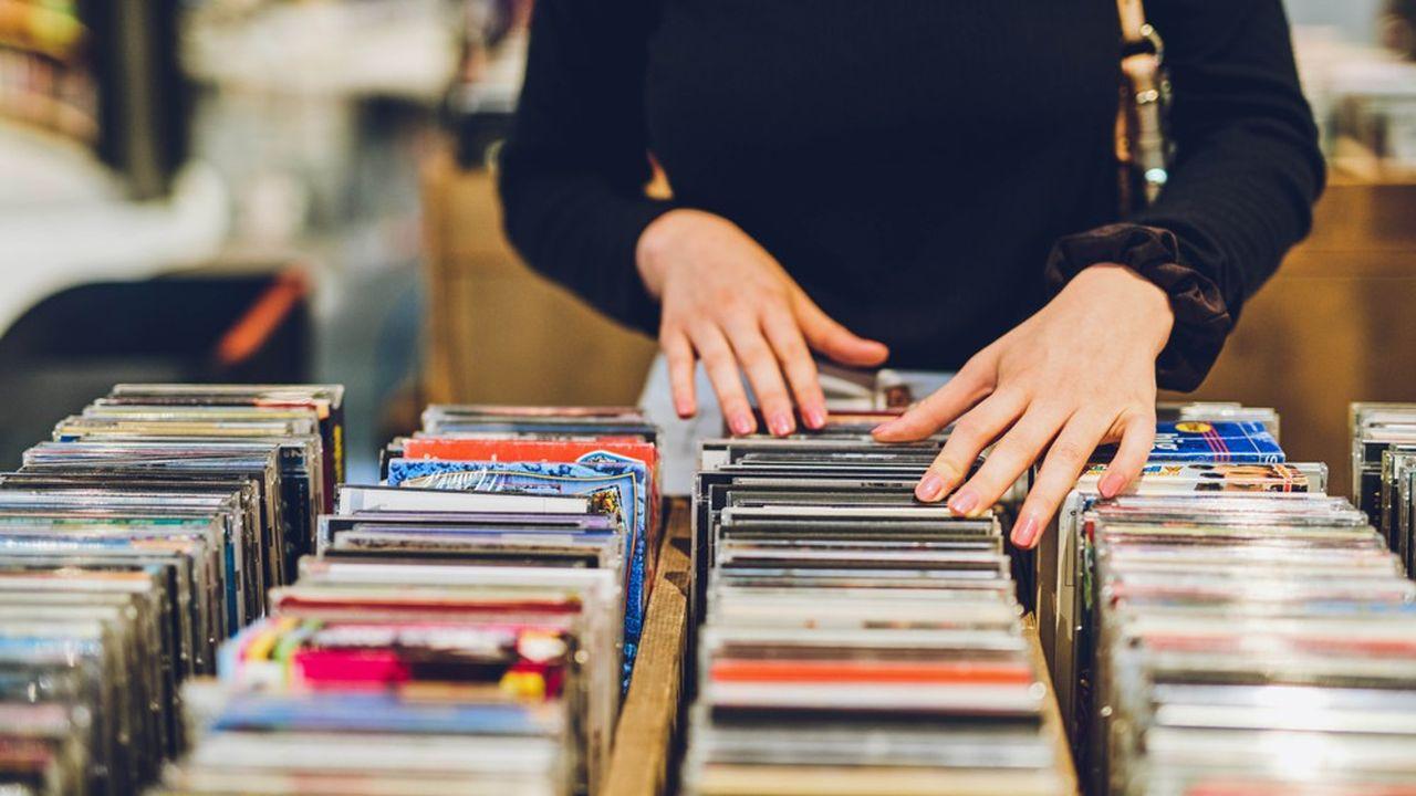Les syndicats du secteur proposent notamment de mettre en place un plan d'aide directe au bénéfice des TPE du secteur, les plus touchés par la baisse des ventes de CD et de Vinyles.