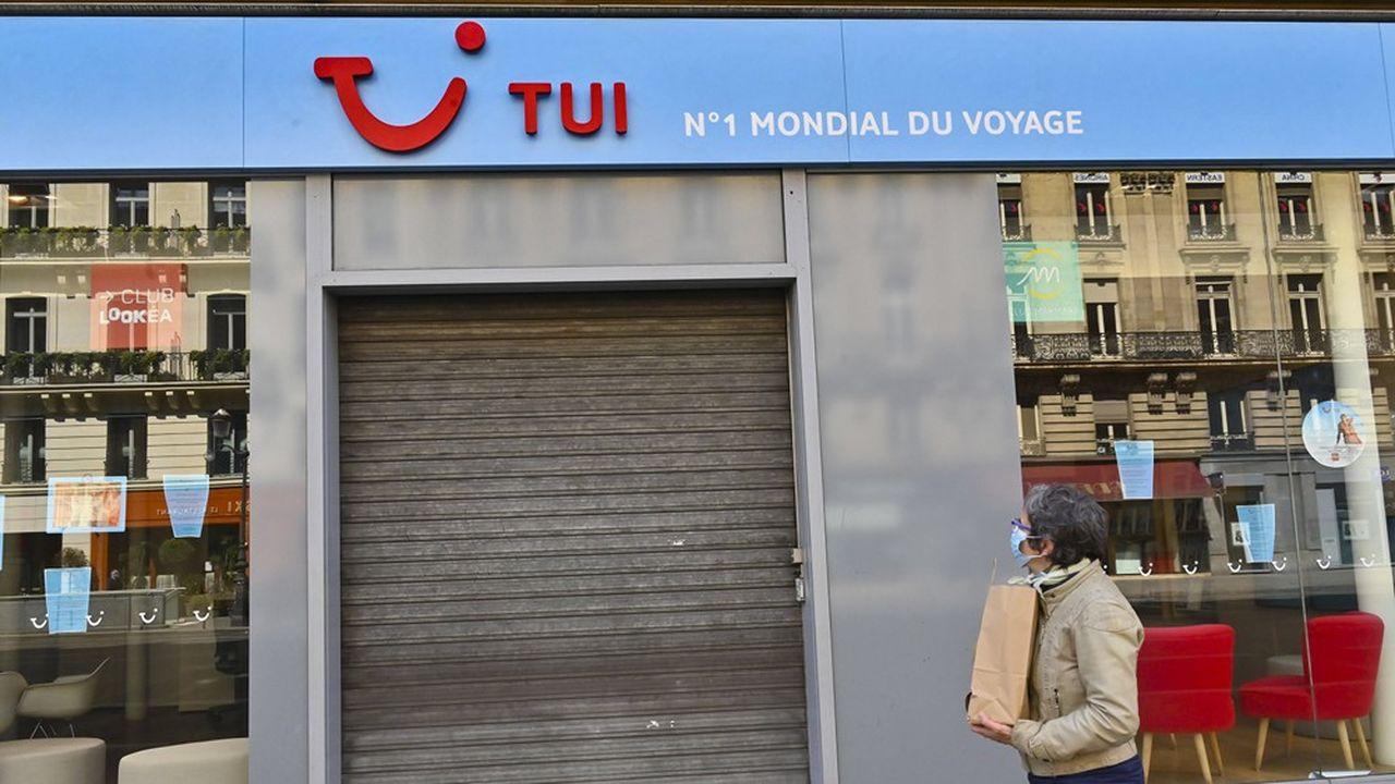 L'éventuelle réorganisation de Tui France interviendrait alors que le voyagiste, chroniquement déficitaire, sort lui aussi du déconfinement avec la réouverture d'agences et de clubs de vacances.