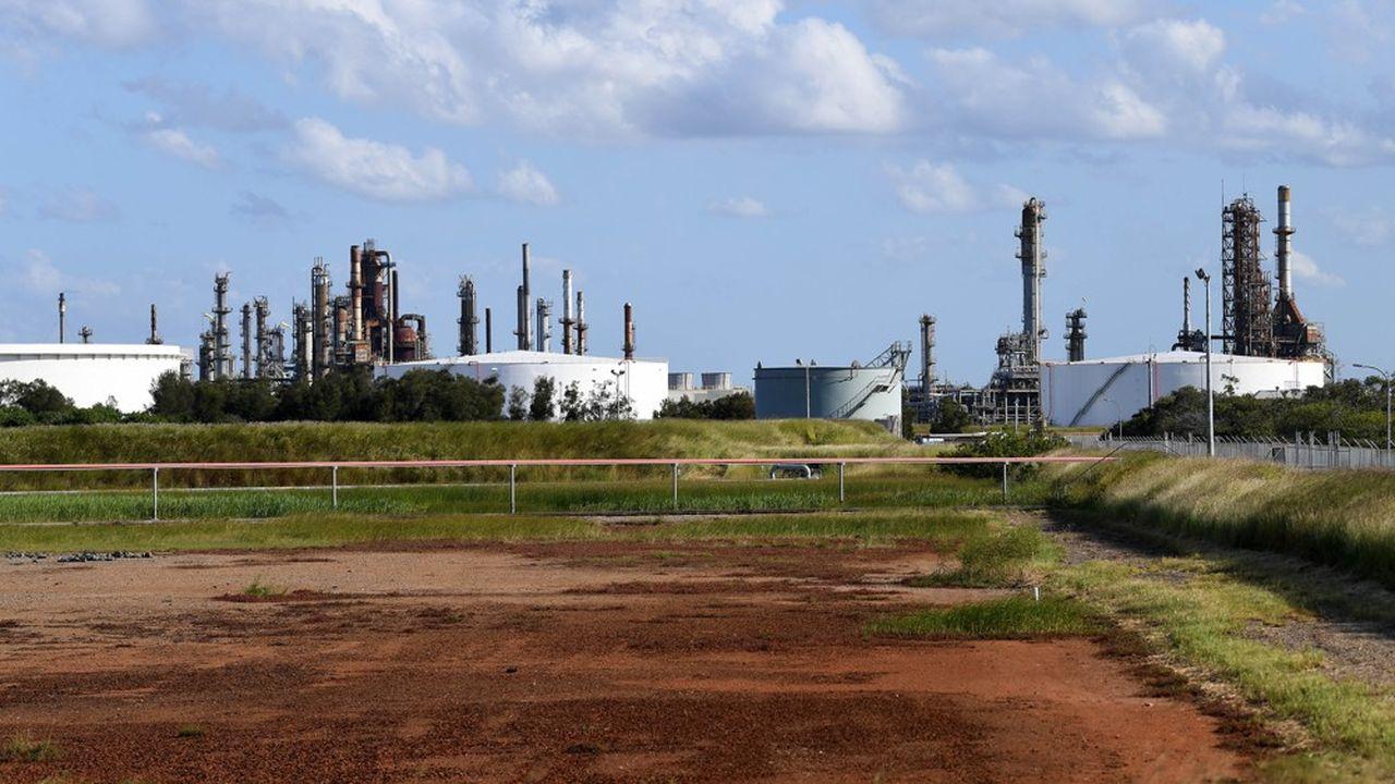 En mars, Alimentation Couche-Tard (Canada) a abandonné son projet d'acquisition d'une partie du capital de Caltex Australia en raison des incertitudes économiques liées au Covid-19.