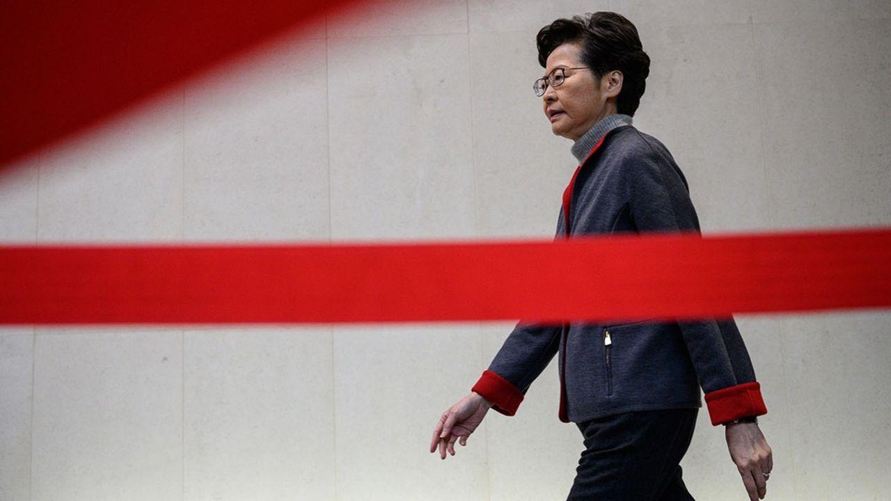 «La vaste majorité (des Hongkongais) veut rétablir la stabilité et aspire à la sécurité, à la satisfaction et à l'emploi», a fait valoir Carrie Lam.