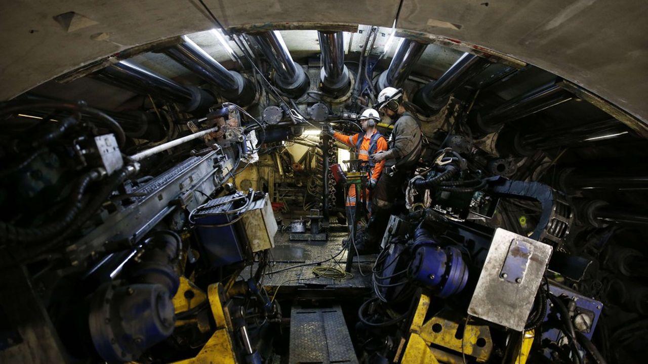 Le chantier du tunnel ferroviaire Lyon-Turin a profondément divisé le précédent gouvernement italien de coalition, et a généré une bonne trantaine de recours de toutes sortes.