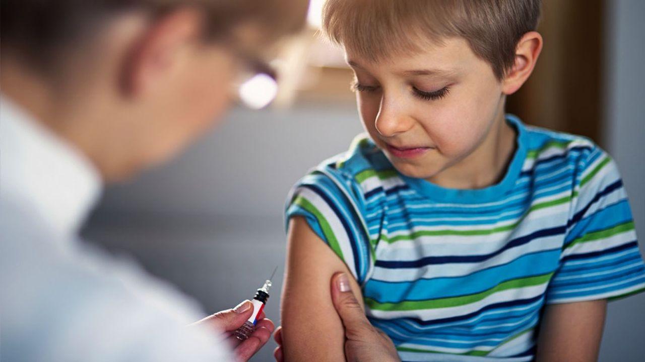 Les vaccins non réalisés sur l'ensemble des 8 semaines de confinement, et donc à rattraper, concerne 123.000 enfants pour le ROR (rougeole-oreillons-rubéole).